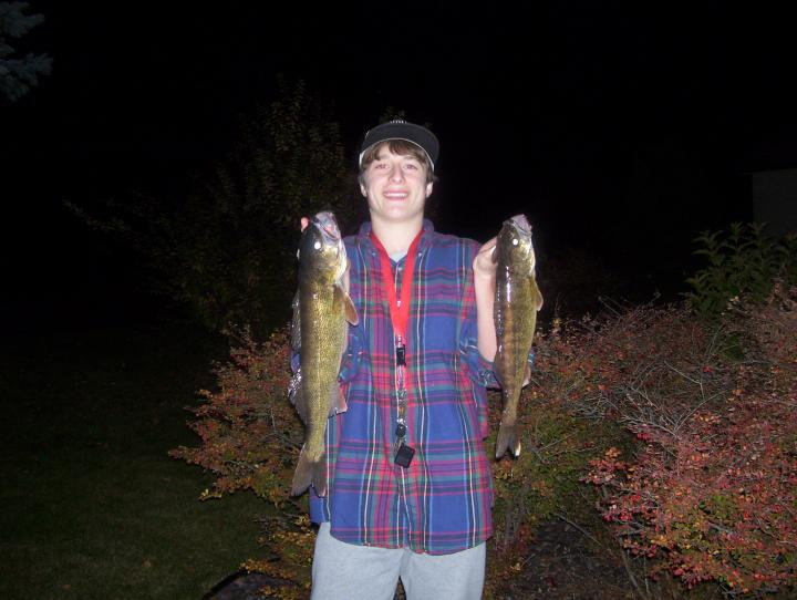21'' and 18'' walleyes